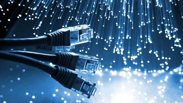 ¿Que es mejor internet por adsl o fibra optica?